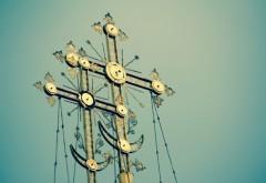 Sărbătoare mare pentru credincioşii ortodocşi! Ştii cui trebuie să-i spui La Mulţi Ani?