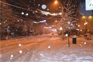 PROGNOZA METEO pentru URMĂTOARELE ZILE. Vremea va deveni geroasă, în unele zone ninge