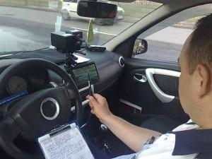 Şofer prins circulând cu 151 km/k pe DN 1