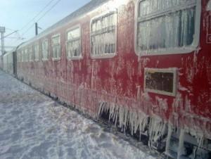 CFR Călători a anulat 40 de trenuri din cauza vremii