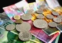 Decizia pe Legea conversiei creditelor în franci elveţieni, amânată din nou