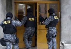 Percheziţii în Craiova ale poliţiştilor prahoveni la contrabandişti cu ţigări