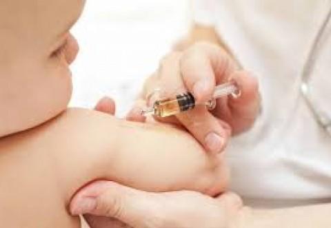 Vaccinul hexavalent ar putea fi disponibil în cabinetele medicilor de luna viitoare