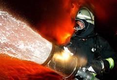 Incendiu la un depozit din Urlati