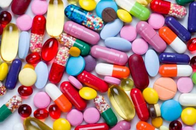 Tentativă de suicid, la Ploieşti! O femeie a luat un pumn de pastile