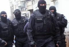 Percheziții ale IJP Prahova la persoane bănuite de infracțiuni de fals și înșelăciune