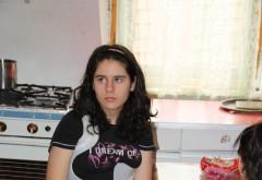 """Copilărie încorsetată! Raluca Tudorache, din Sinaia, luptă să-și recapete copilăria """"furată"""" de scolioză și neajunsuri"""