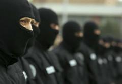 Ce au găsit poliţiştii la percheziţiile efectuate, azi, la cămătari din Prahova