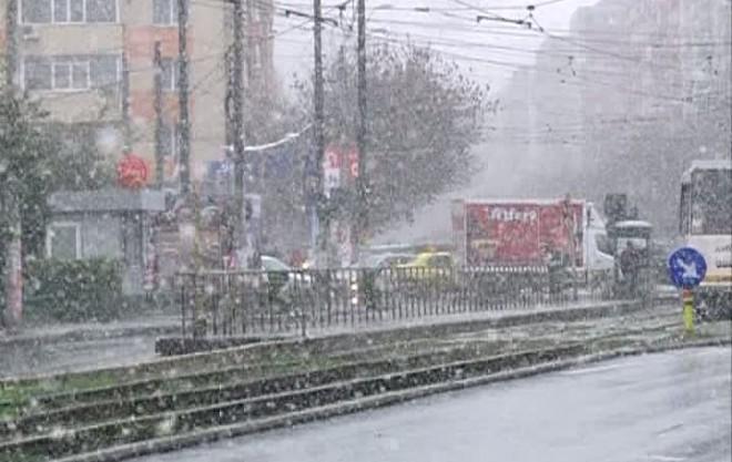 """Ninge la Ploiesti. """"Noi am distrus anotimpurile. Natura nu iarta"""""""