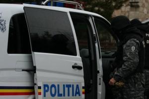 Percheziţii ale poliţiştlor prahoveni la hoţi din locuinţe şi societăţi comerciale