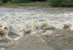Bilanţul ploilor torenţiale de ieri- câte case au fost inundate