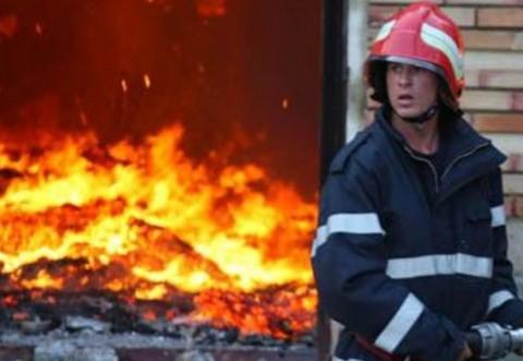 Incendiu la o casă din Loloiasca