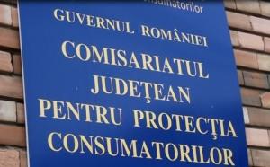 Produse expirate şi alte nereguli, găsite de Protecţia Consumatorilor la o pensiune din Prahova şi la un magazin