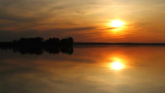 În dreptul oraşului Galaţi a apărut o INSULĂ pe Dunăre