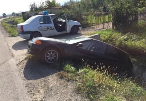 Polițiștii au rămas mască! Ce a făcut un șofer prahovean după accident