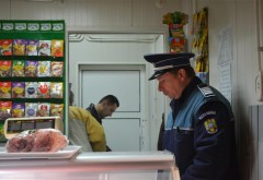 Acțiune a politistilor la 20 de comercianți din Prahova. Polițiștii au aplicat sancțiuni de 145.000 de lei