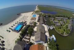 Staţiunea din România de care nu ai auzit, dar care devine un Sant Tropez al Europei. Este una dintre cele mai frumoase plaje din LUME şi este inundată de turişti din toate colţurile lumii