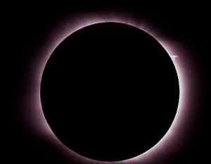 Eclipsă TOTALĂ DE SOARE! Afla cand va fi si de unde se va vedea