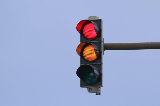 Veste bună pentru şoferii din Ploieşti! Ce intersecţie are din nou semafoare