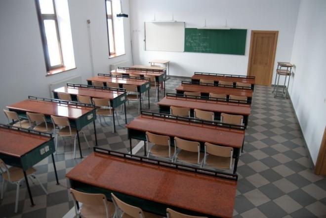 55 de școli și grădinițe din Prahova NU au autorizație de securitate la incendiu, cu două săptămâni înainte de expirarea termenului limită. Vezi lista