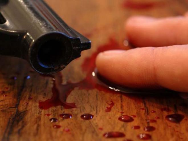 Profesor din Prahova, găsit mort după ce s-ar fi împuşcat