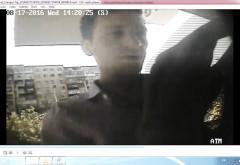 Polițiștii sunt în alertă! Dacă recunoașteți individul din imagini, sunați URGENT la 112