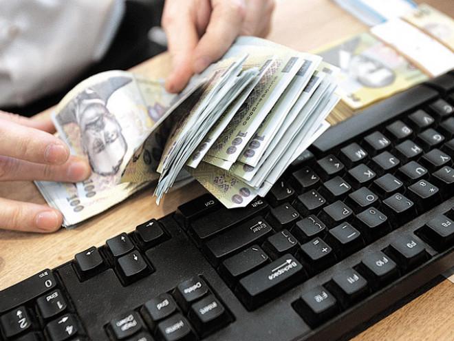 Lovitură pentru românii cu credite! ROBOR, la cel mai MARE nivel din ultimii trei ani