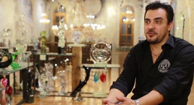 Un român a cucerit inima întregii comunități italiene cu mâinile sale de aur