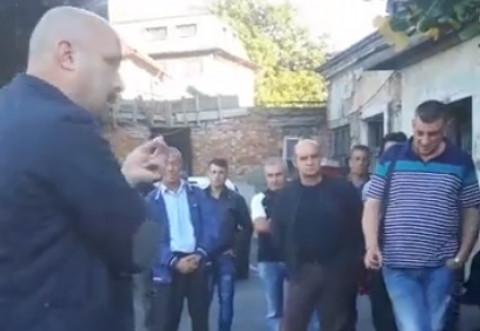 Grevă spontană la SGU Ploiești. Zeci de angajați au protestat în fața sediului. Directorul Ovidiu Negulescu a venit în fața angajaților