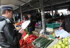 Politistii ploiesteni au confiscat legume si flori de pe platoul Halelor centrale