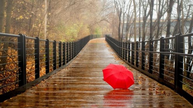 PROGNOZA METEO PE DOUĂ SĂPTĂMÂNI. Temperaturi în scădere şi ploi în toată ţara