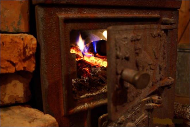 Atentie la sobe si reșouri! Recomandarile ISU Prahova pentru evitarea incendiilor in sezonul rece