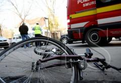 Accident stupid, la Varbilau. Un biciclist A MURIT dupa ce a cazut si s-a lovit cu capul de o piatra