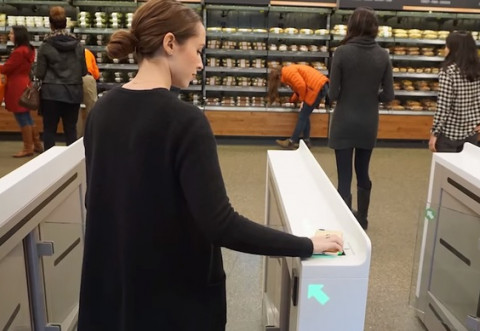 ADIO, cozi! S-a deschis cel mai mare supermarket fără case de marcat - VIDEO