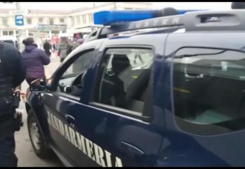 Tanara agresata sexual in zona blocului Gioconda din Ploiesti. Jandarmii au intervenit! - VIDEO