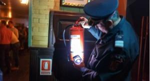 Controale ISU in Prahova. Magazine fara autorizatii de securitate la incendiu si instalatii improvizate