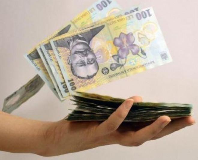 Veşti bune pentru români: Plafonarea dobânzilor la credite, adoptată în comisiile din Senat