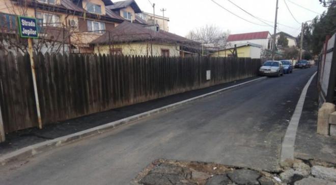 Dorel lucrează la Electrica! Bătaie de joc pe o stradă nou-nouță din Ploiești. FOTO