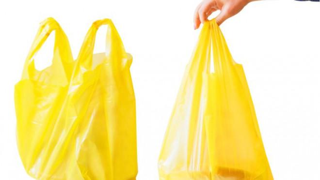 Decizie RADICALĂ: Parlamentul A INTERZIS pungile de plastic. Comercianţii vor plăti amenzi COLOSALE