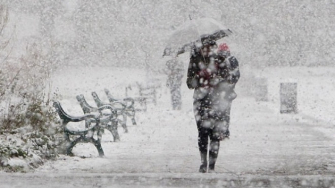 Prognoza meteo weekend. Sâmbătă, temperaturi de până la 20 de grade, duminică vin ninsorile