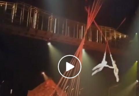 IMAGINI ȘOCANTE - Un acrobat de la Cirque du Soleil a murit după ce a căzut de la înălțime, în timpul unui spectacol în Florida - VIDEO