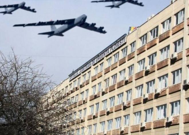 PAMFLET/ Forţele NATO vor bombarda un spital din Ploieşti, unde infecţia e mai gravă decât un atac chimic