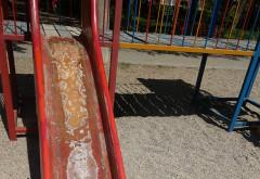 Pericol pentru copii într-un parc din Ploiești