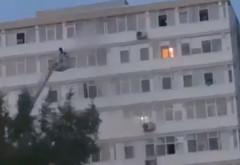Zece persoane evacuate, luni seară, în urma unui incendiu izbucnit pe strada Bahluiului