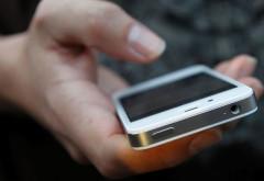 Un minor a ramas fara iPhone, in parcul Eminescu din Ploiesti. Autoarele furtului au fost prinse in cateva minute
