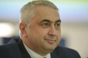 Ministrul Educaţiei, Valentin Popa, vrea ca olimpicii naţionali să devină automat studenţi