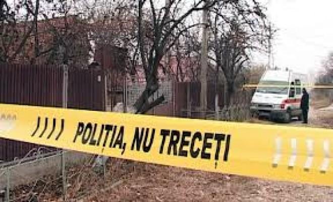 Crima in Prahova, la Marginenii de Jos. Un barbat i-a taiat gatul sotiei, dupa care a incercat sa se sinucida