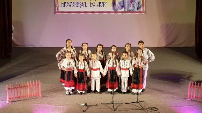 """Primaria Ploiesti organizeaza Concursul Național de Muzică Populară """"Trandafirul Prahovean"""". Spectacolul va avea loc duminica, pe Bulevard"""