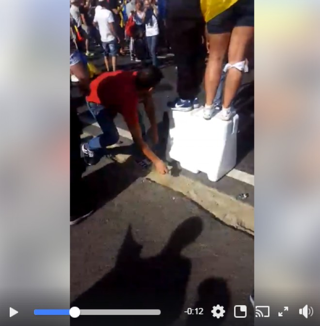 Jandarmeria a postat pe Facebook DOVADA ca printre protestatari sunt si agitatori. Ce recomandari are institutia