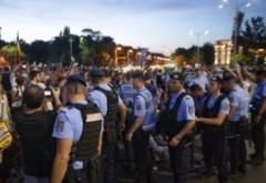Jandarmeria SPULBERĂ mitul gazelor NOCIVE: Noi le folosim pe timpul acțiunilor noastre de pregătire